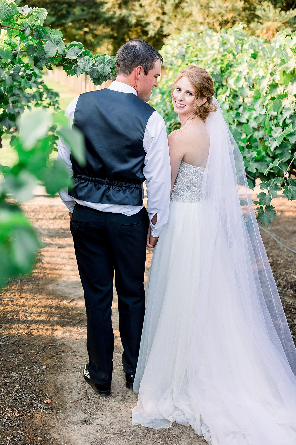 Wine and Roses Wedding - Wine and Roses Lodi Wedding Photographer - Sacramento Film Wedding Photographer - Ashley Baumgartner - Sacramento Luxury Wedding Photographer_0045.jpg