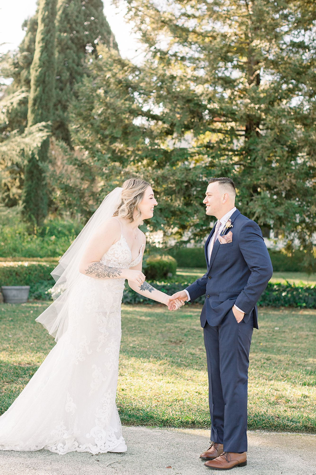 Inn at Park Winters Wedding - Lindsay and Shane - Ashley Baumgartner - Park Winters Wedding Photographer - Sacramento Wedding Photographer_0016.jpg