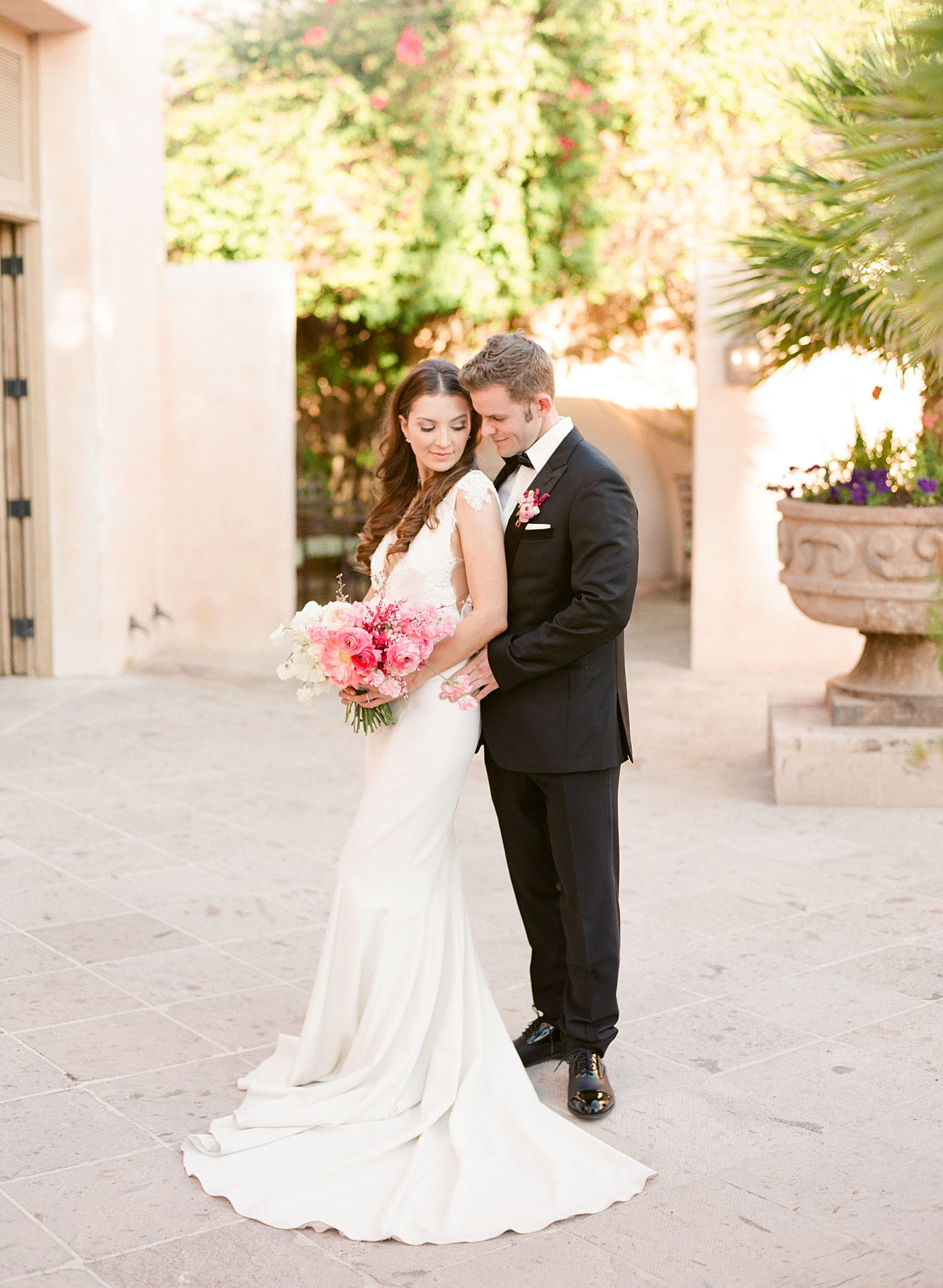 Pink Ombre Wedding Inspiration on Style Me Pretty - Royal Palms Wedding - Scottsdale Wedding - Ashley Baumgartner - Bloom and Blueprint - Wedding Puppies - Bulldog Puppies_0023.jpg