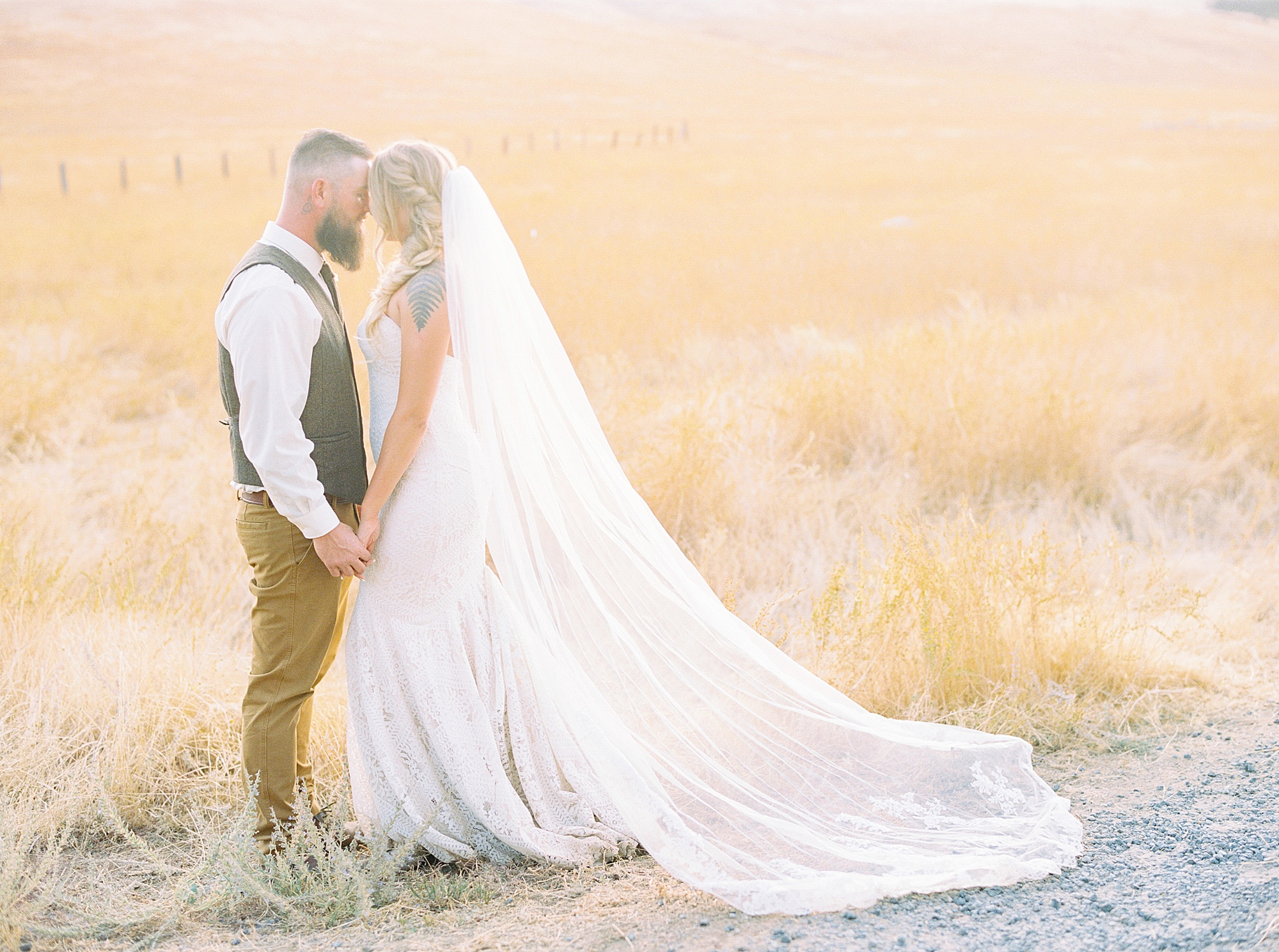 Sonora Wedding Photographer - Tiffany and Jesse - Ashley Baumgartner - Private Estate Summer Wedding_0118.jpg