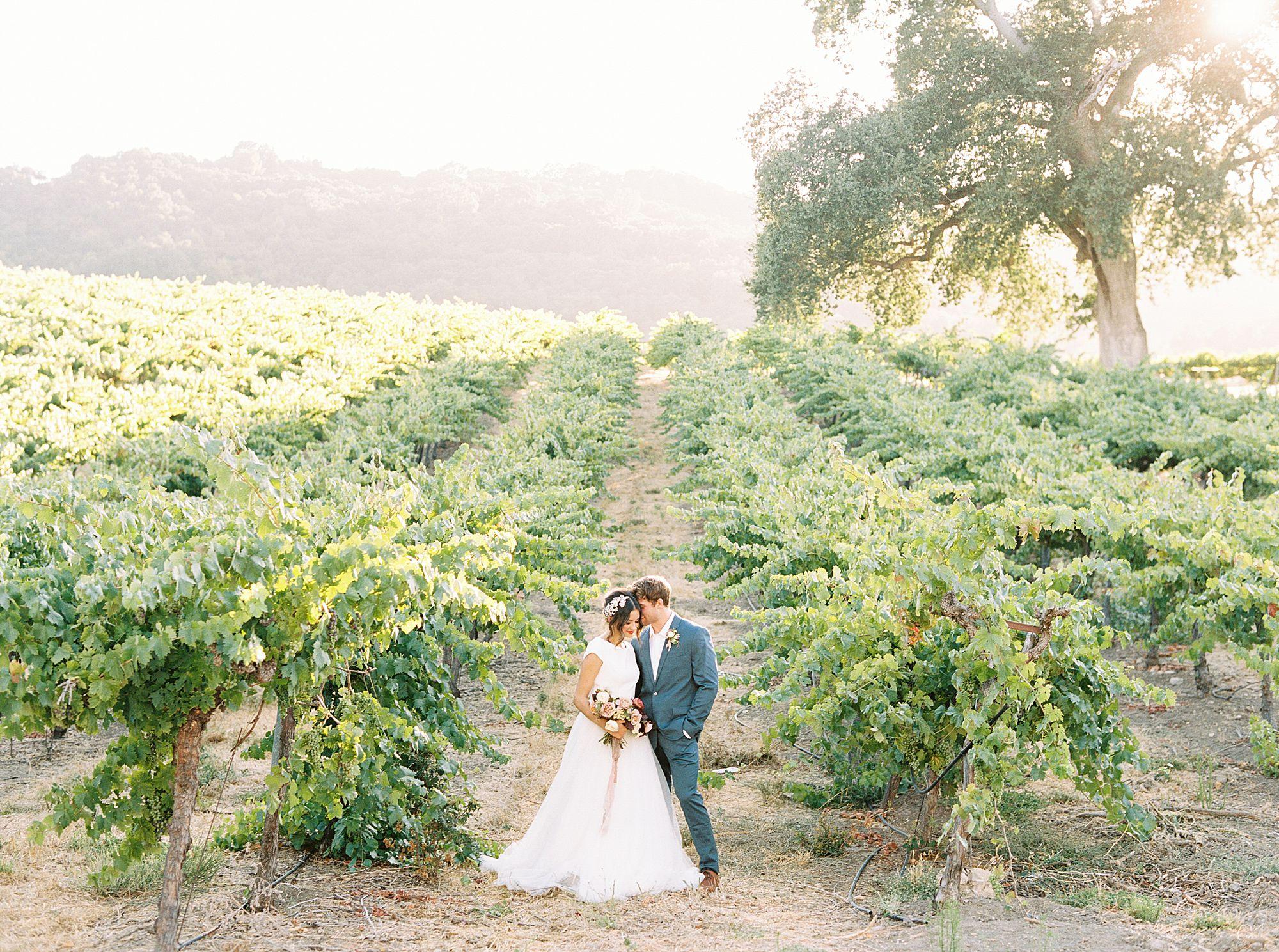 HammerSky Wedding Inspiration Featured on Hey Wedding Lady with Vanessa Noel Events - Ashley Baumgartner - SLO Wedding Photographer_0016.jpg