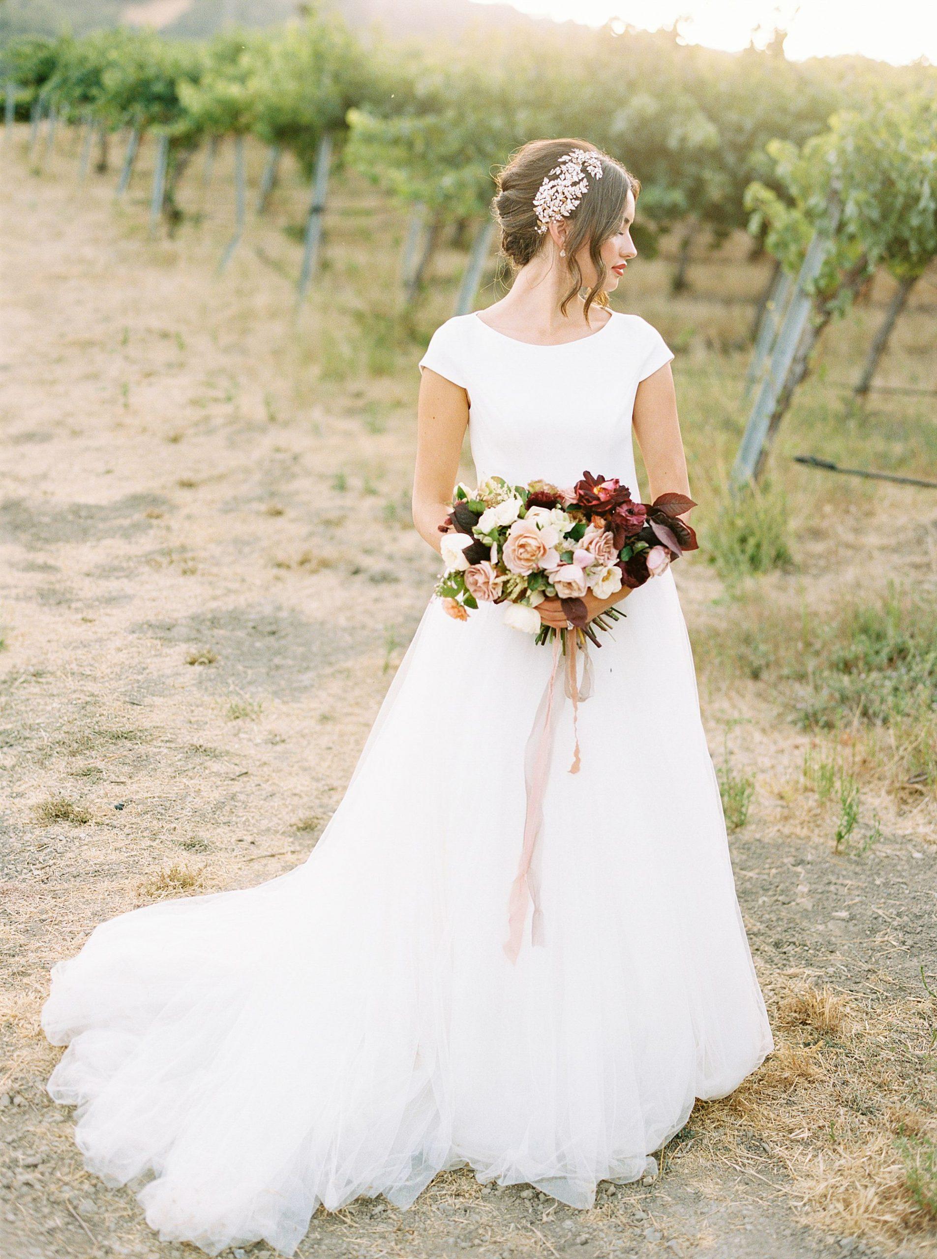 HammerSky Wedding Inspiration Featured on Hey Wedding Lady with Vanessa Noel Events - Ashley Baumgartner - SLO Wedding Photographer_0018.jpg