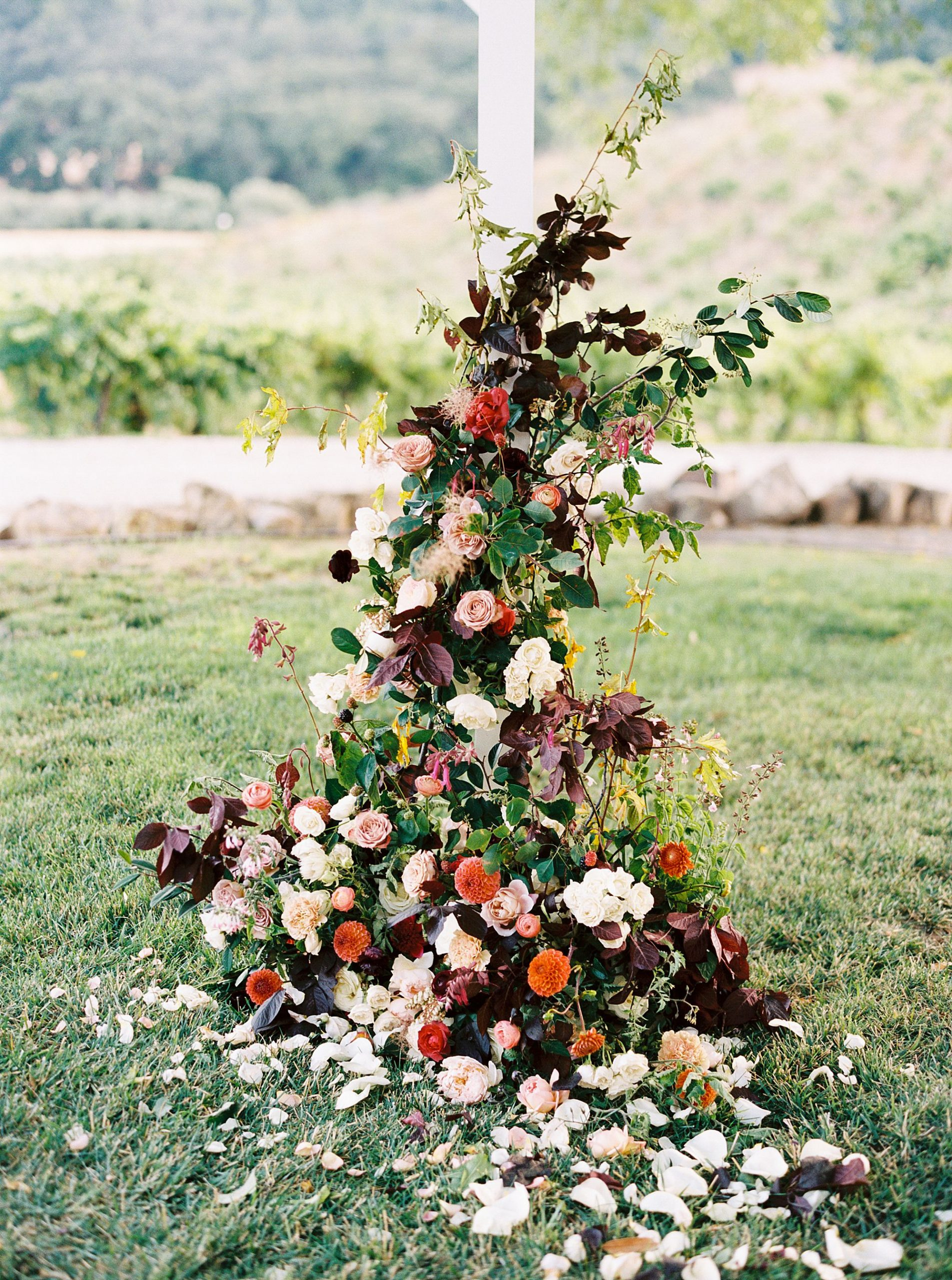 HammerSky Wedding Inspiration Featured on Hey Wedding Lady with Vanessa Noel Events - Ashley Baumgartner - SLO Wedding Photographer_0020.jpg