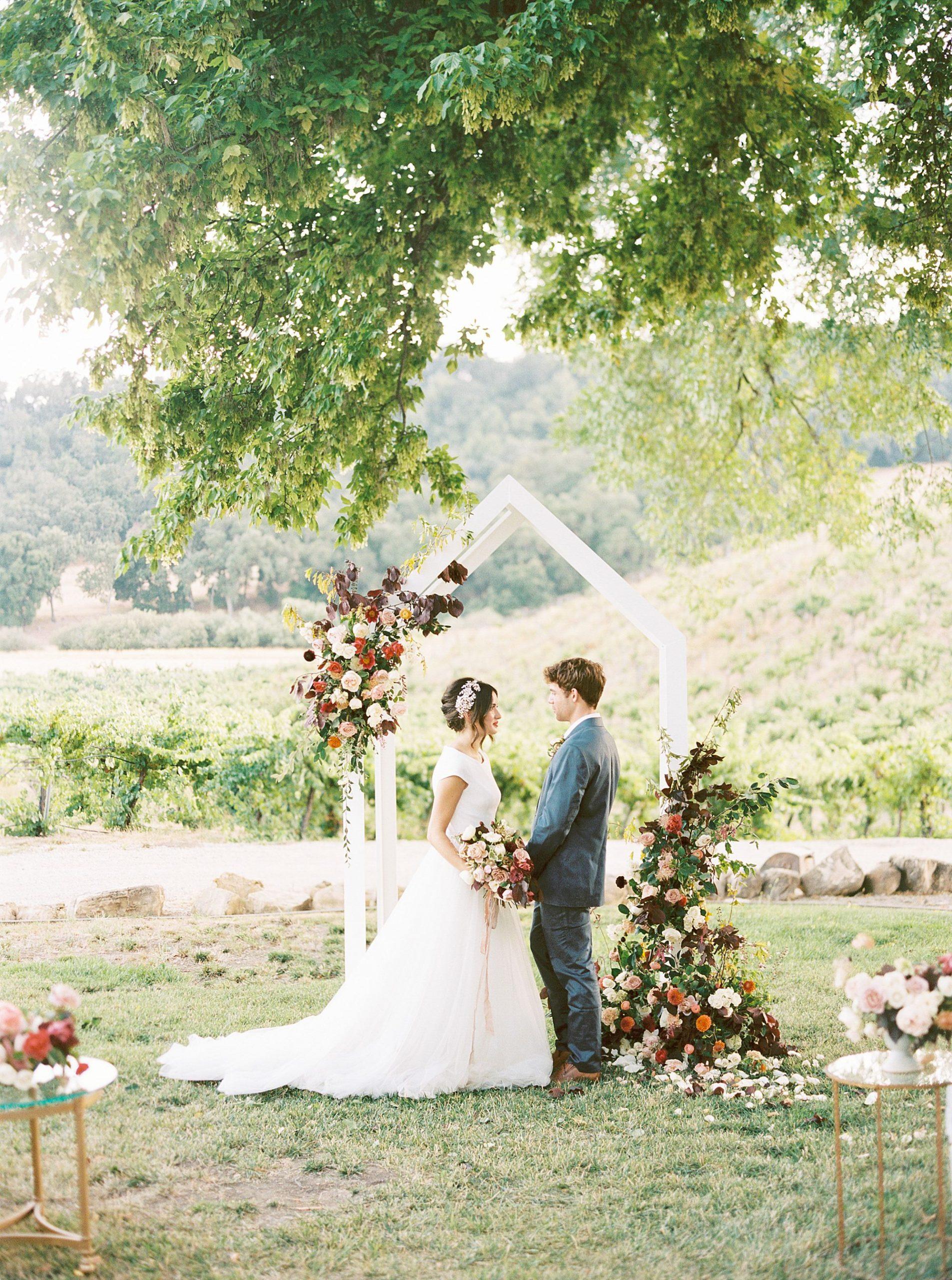HammerSky Wedding Inspiration Featured on Hey Wedding Lady with Vanessa Noel Events - Ashley Baumgartner - SLO Wedding Photographer_0028.jpg