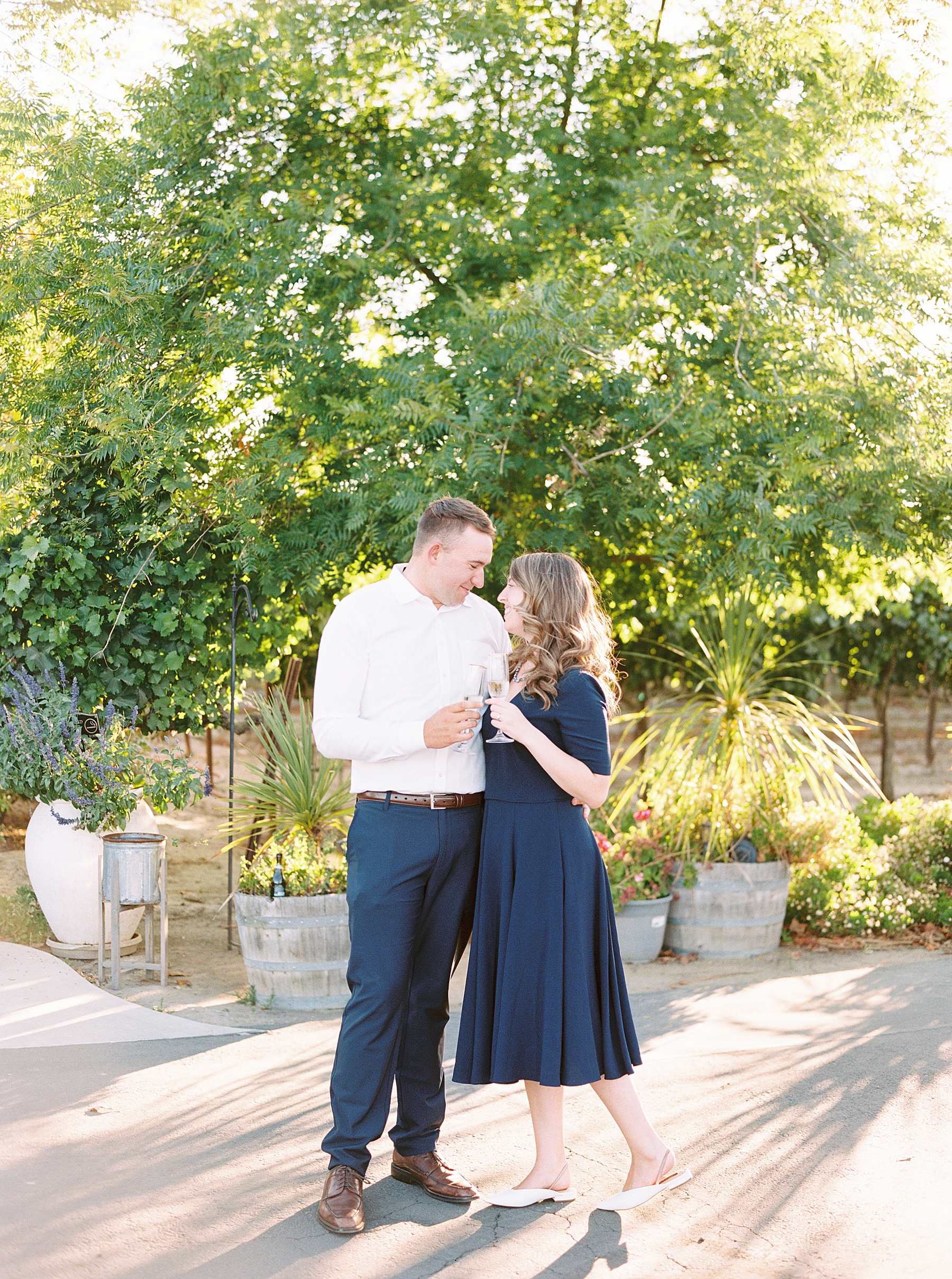 Scribner Bend Winery Engagement Session - Courtney and Steven - Ashley Baumgartner - Sribner Bend Wedding Photographer - Sacramento Wedding Photographer_0007.jpg