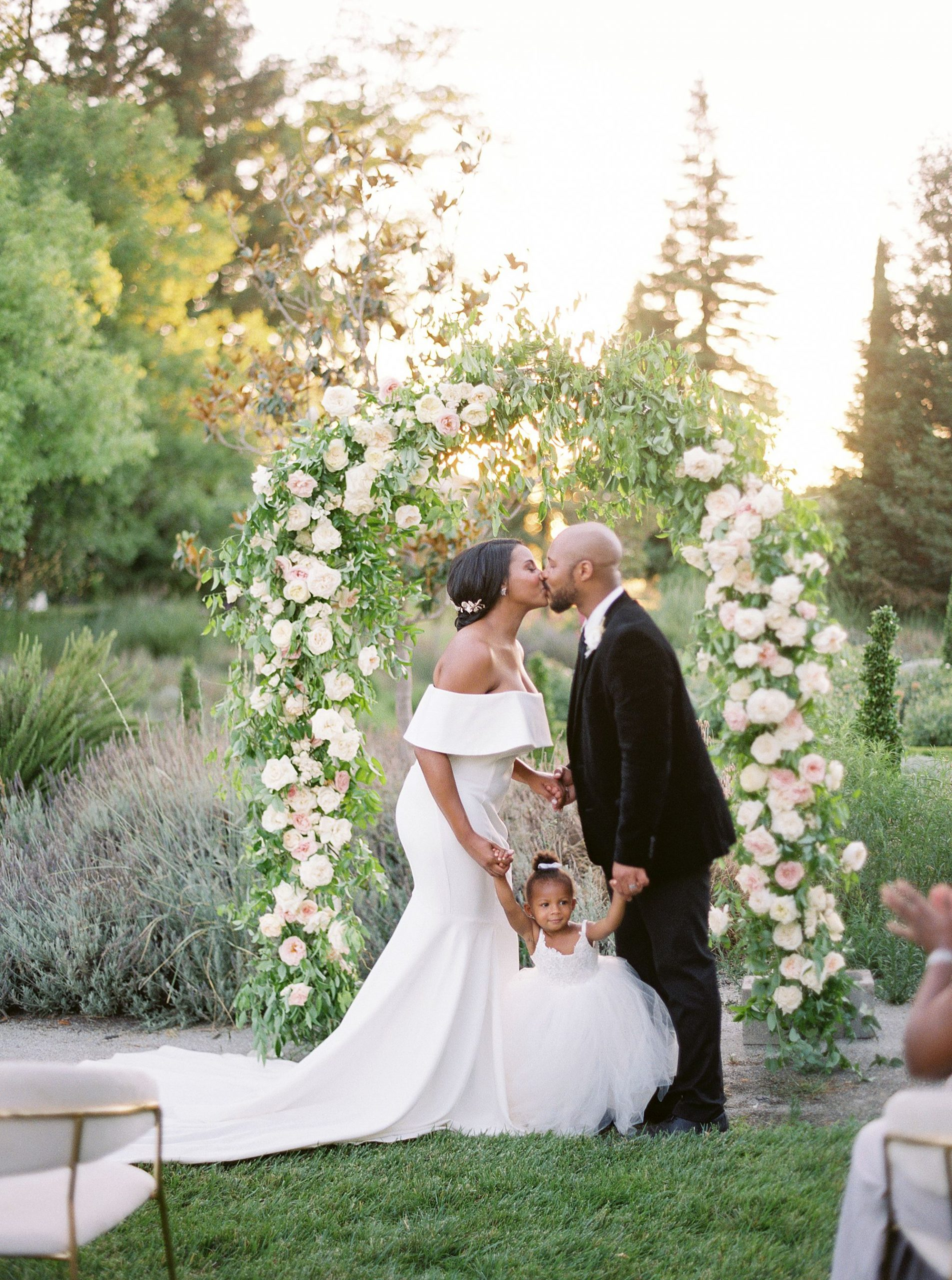 Park Winters Micro-Wedding Inspiration on Style Me Pretty - Stephanie Teague Events - Ashley Baumgartner - Park Winters Wedding - Black Tie Wedding - Micro-Wedding Sacramento Photographer_0012.jpg