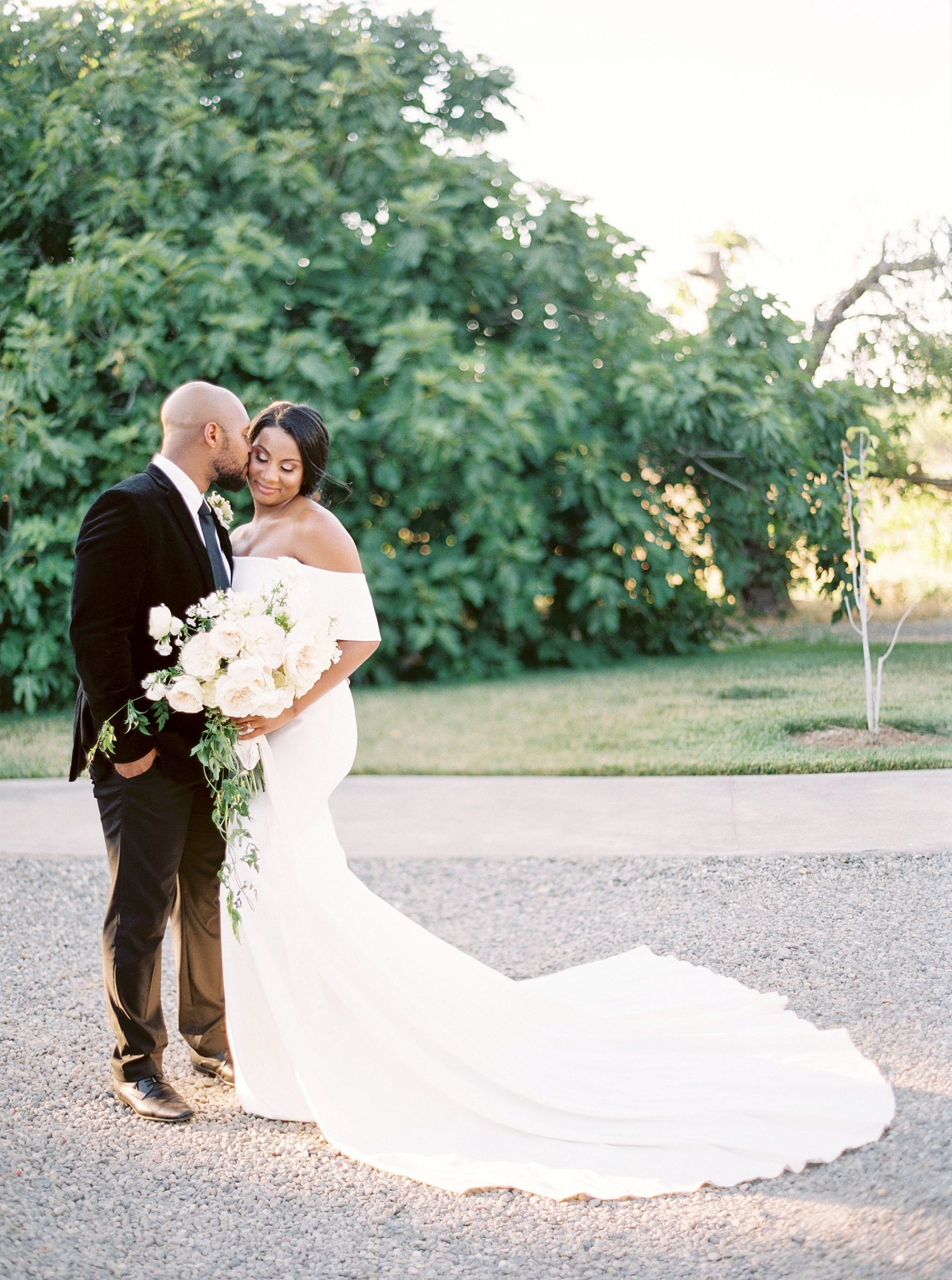 Park Winters Micro-Wedding Inspiration on Style Me Pretty - Stephanie Teague Events - Ashley Baumgartner - Park Winters Wedding - Black Tie Wedding - Micro-Wedding Sacramento Photographer_0022.jpg