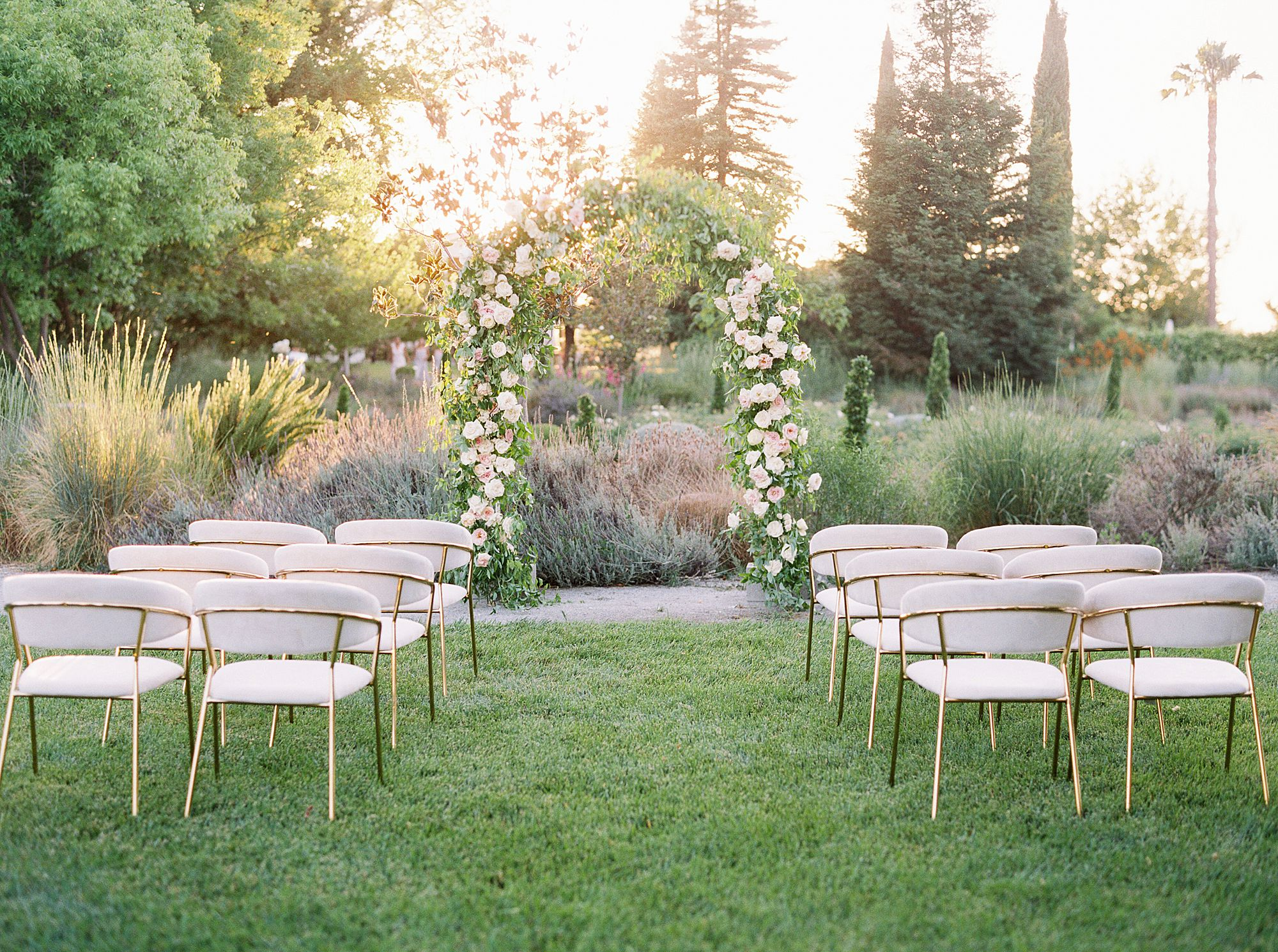Park Winters Micro-Wedding Inspiration on Style Me Pretty - Stephanie Teague Events - Ashley Baumgartner - Park Winters Wedding - Black Tie Wedding - Micro-Wedding Sacramento Photographer_0024.jpg