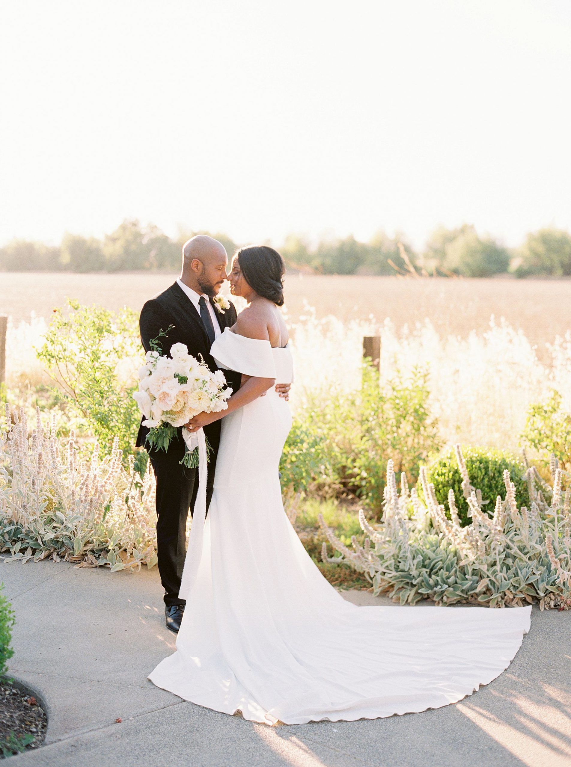 Park Winters Micro-Wedding Inspiration on Style Me Pretty - Stephanie Teague Events - Ashley Baumgartner - Park Winters Wedding - Black Tie Wedding - Micro-Wedding Sacramento Photographer_0048.jpg
