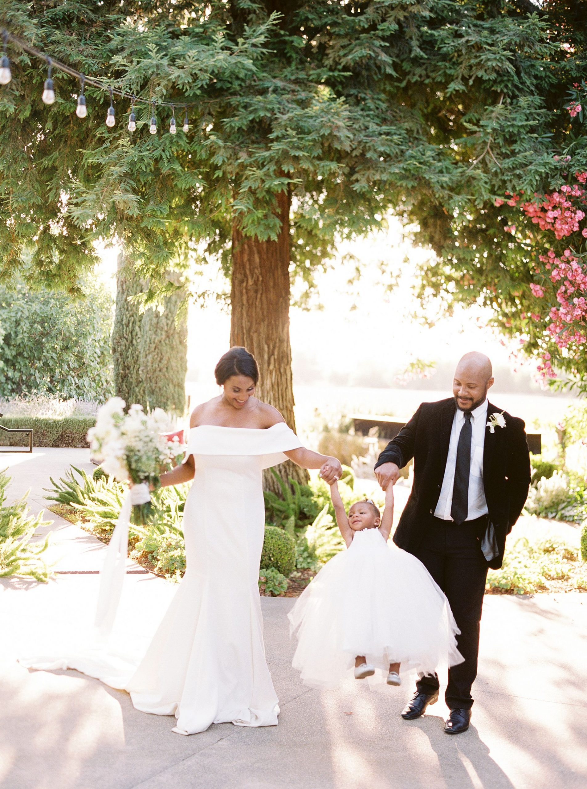 Park Winters Micro-Wedding Inspiration on Style Me Pretty - Stephanie Teague Events - Ashley Baumgartner - Park Winters Wedding - Black Tie Wedding - Micro-Wedding Sacramento Photographer_0052.jpg