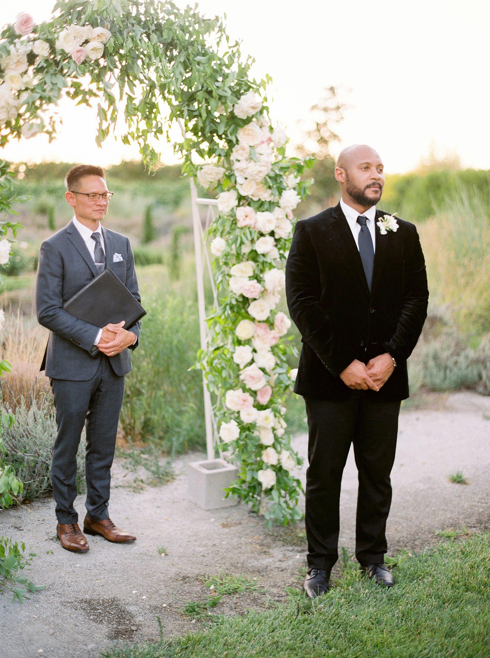 Park Winters Micro-Wedding Inspiration on Style Me Pretty - Stephanie Teague Events - Ashley Baumgartner - Park Winters Wedding - Black Tie Wedding - Micro-Wedding Sacramento Photographer_0070.jpg