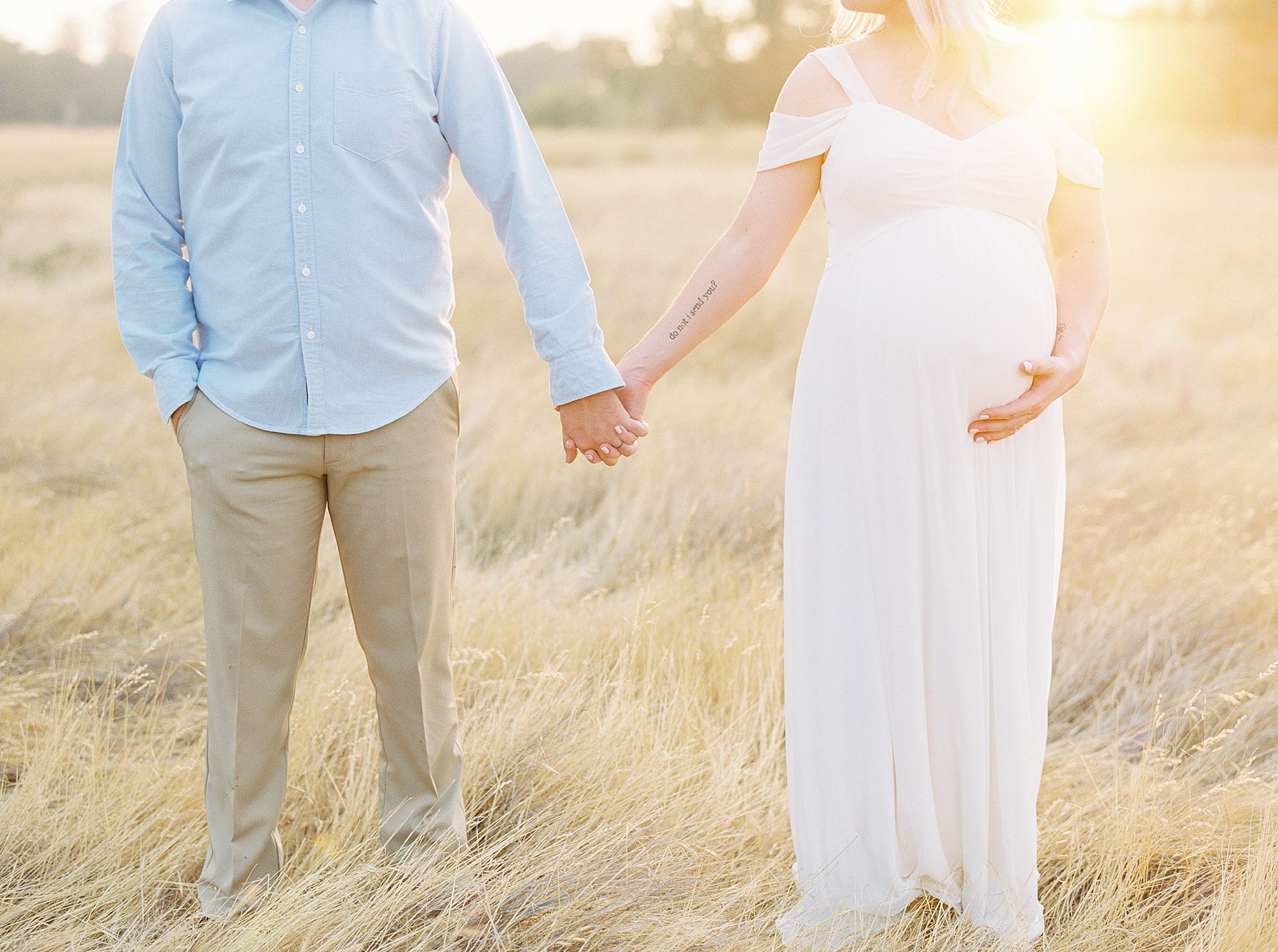 Golden Sacramento Maternity - Hannah and Connor - Ashley Baumgartner - Sacramento Maternity Photographer_0003.jpg