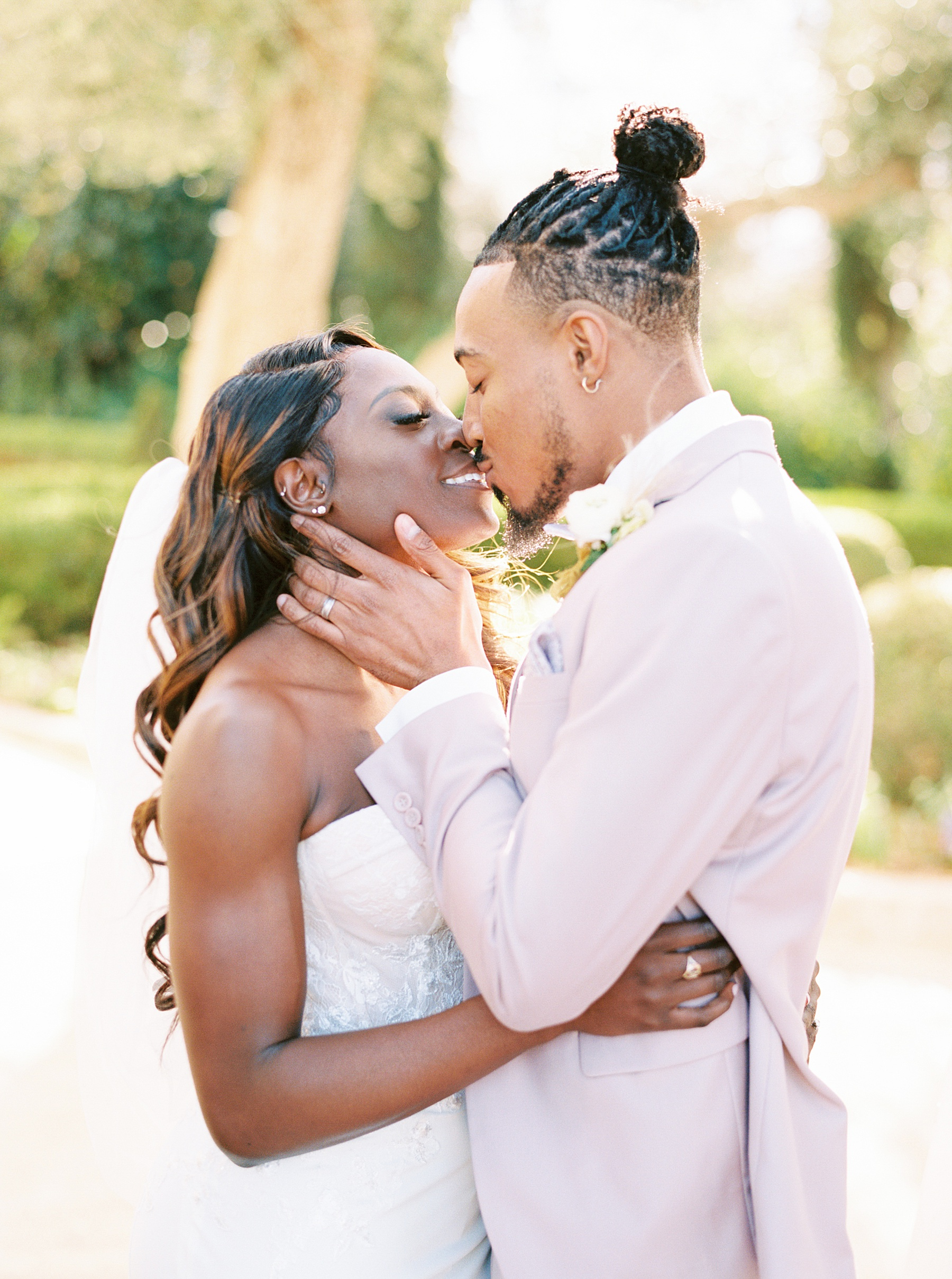 Park Winters Sacramento Wedding Inspiration with Sparkle and Dust Events  - Pantone Color of the Year Featured on Style Me Pretty_0001.jpg