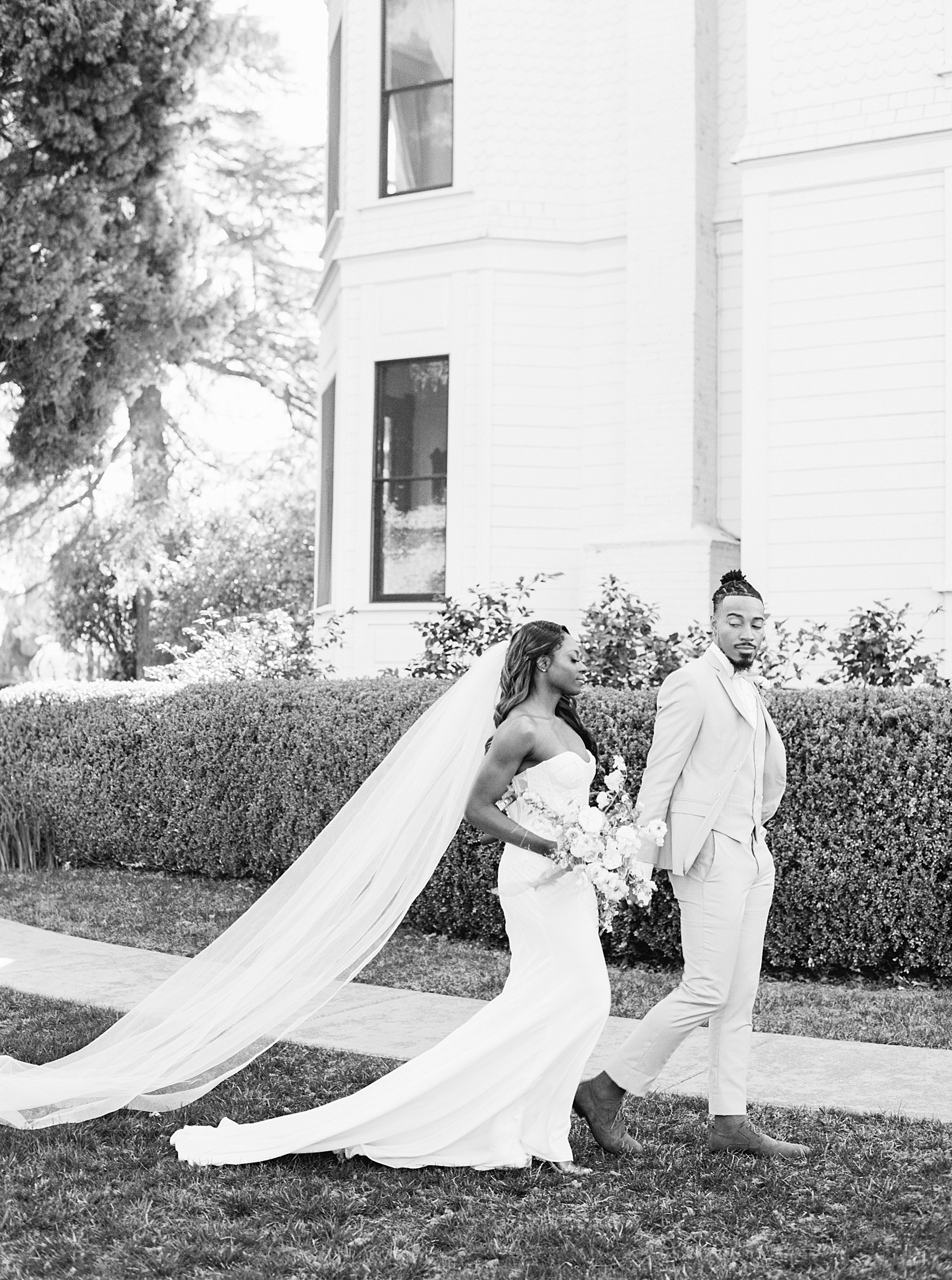 Park Winters Sacramento Wedding Inspiration with Sparkle and Dust Events  - Pantone Color of the Year Featured on Style Me Pretty_0009.jpg