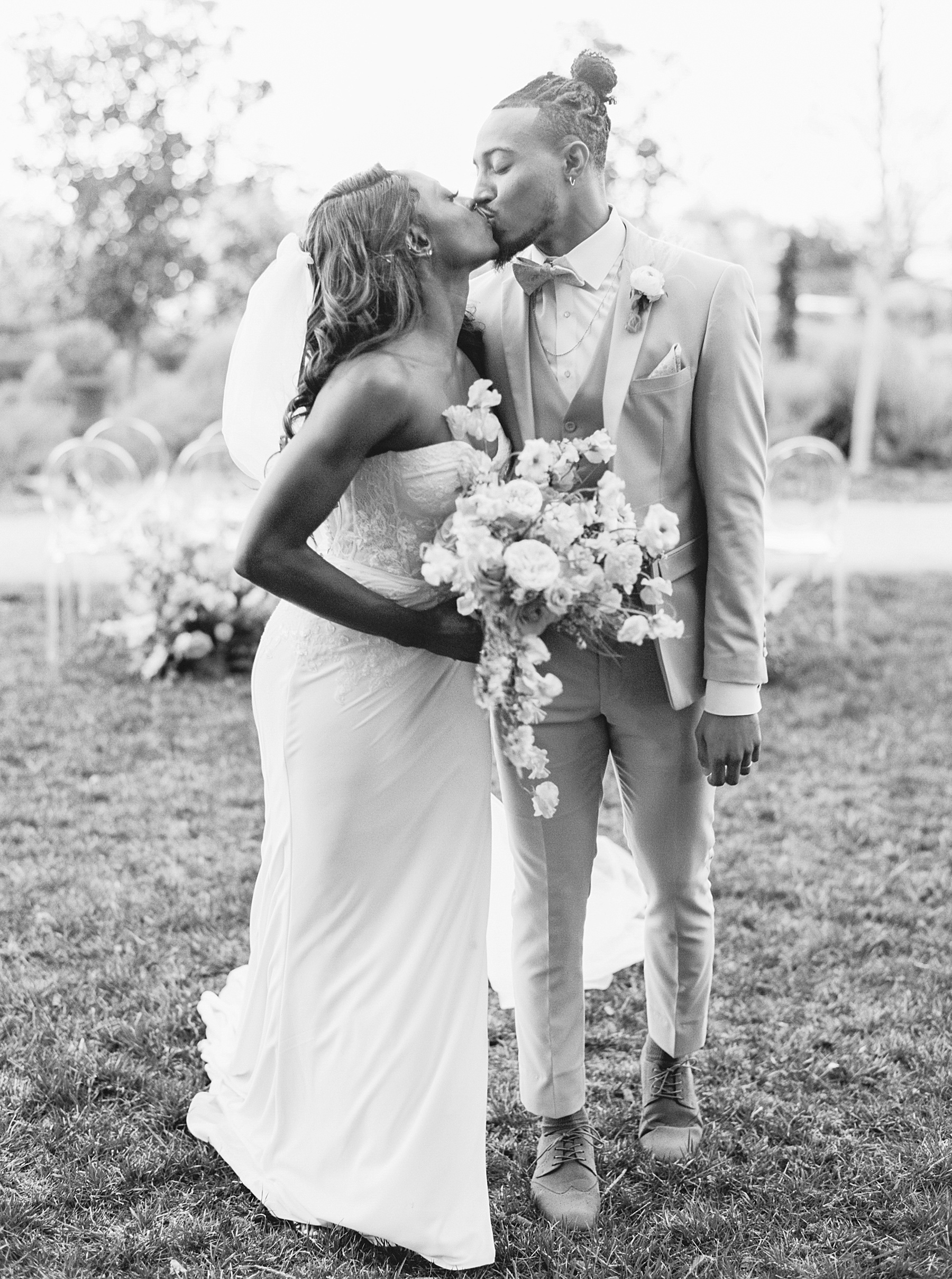 Park Winters Sacramento Wedding Inspiration with Sparkle and Dust Events  - Pantone Color of the Year Featured on Style Me Pretty_0029.jpg