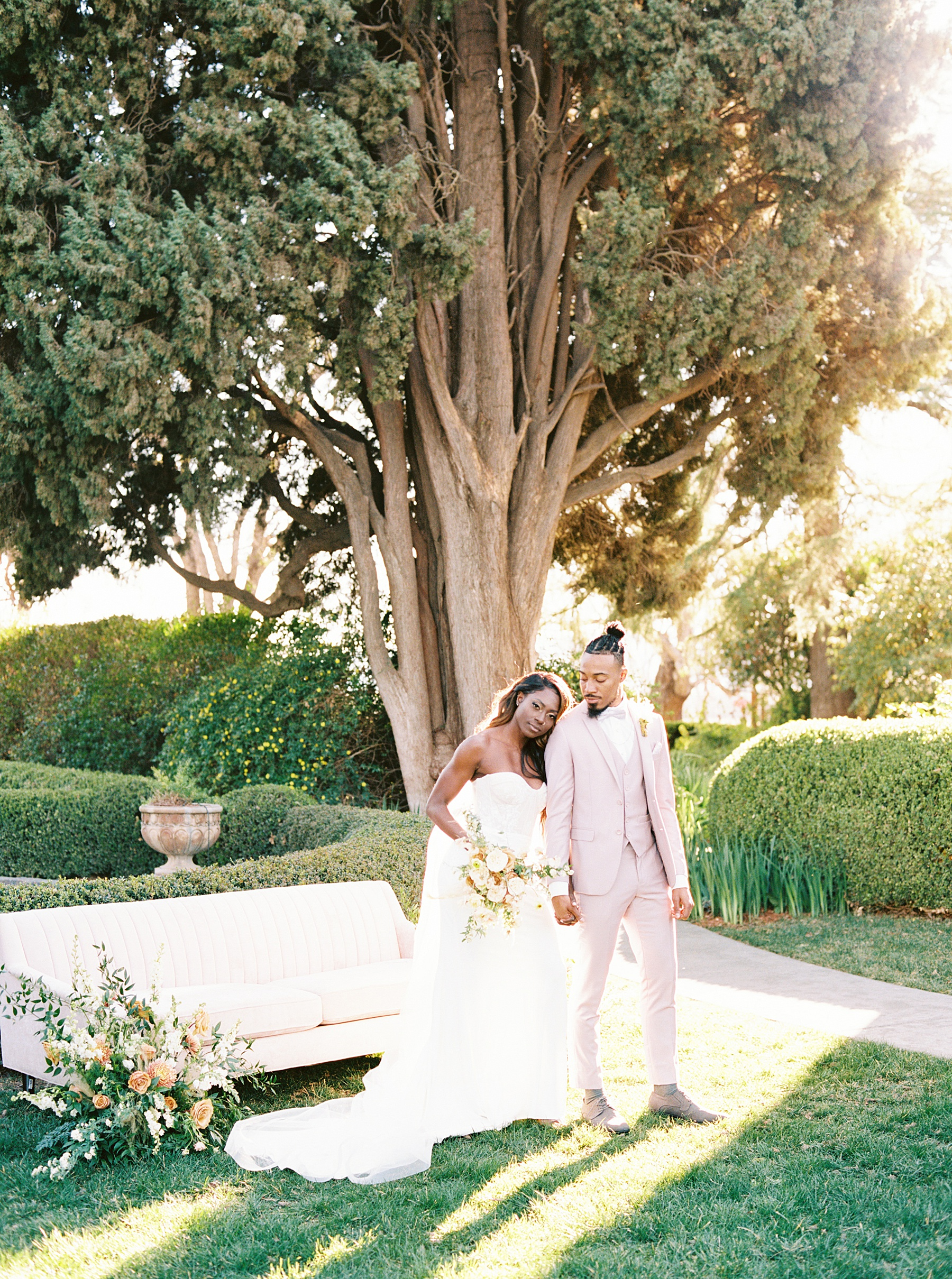 Park Winters Sacramento Wedding Inspiration with Sparkle and Dust Events  - Pantone Color of the Year Featured on Style Me Pretty_0037.jpg