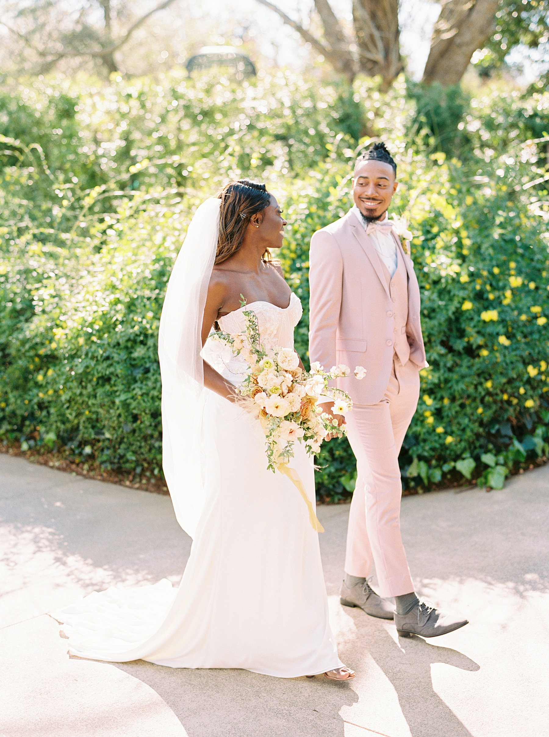 Park Winters Sacramento Wedding Inspiration with Sparkle and Dust Events  - Pantone Color of the Year Featured on Style Me Pretty_0043.jpg