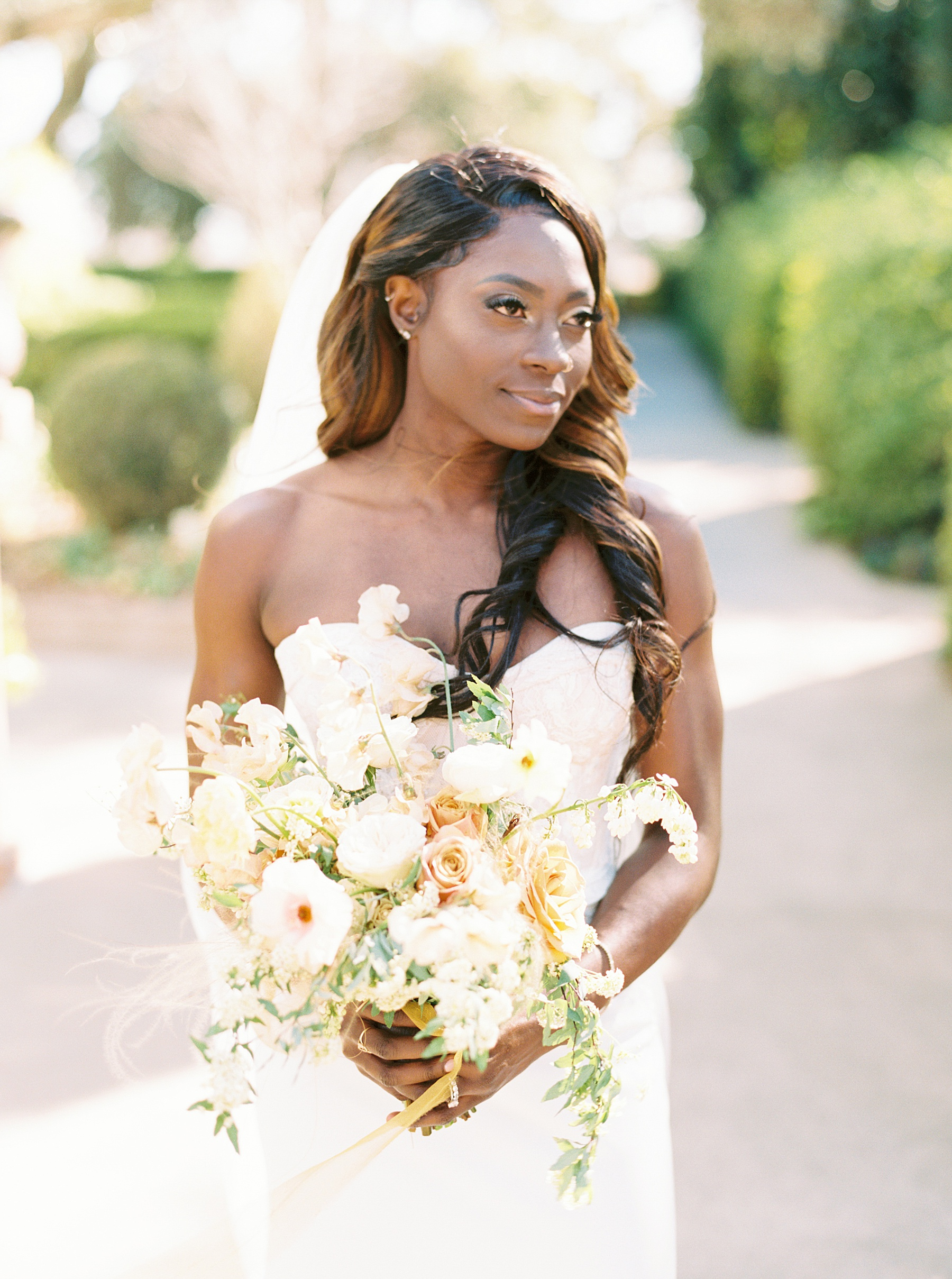 Park Winters Sacramento Wedding Inspiration with Sparkle and Dust Events  - Pantone Color of the Year Featured on Style Me Pretty_0045.jpg