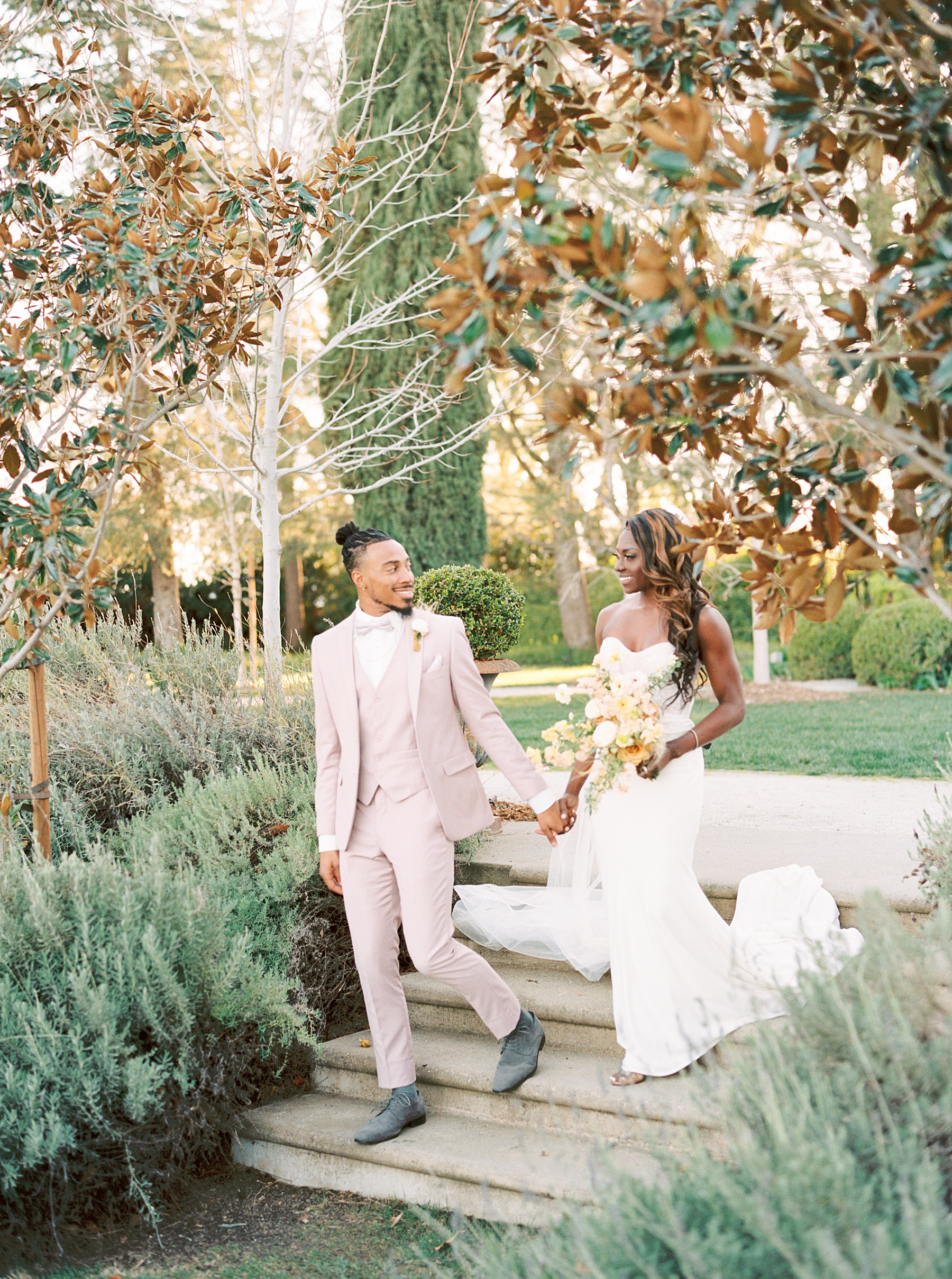 Park Winters Sacramento Wedding Inspiration with Sparkle and Dust Events  - Pantone Color of the Year Featured on Style Me Pretty_0051.jpg