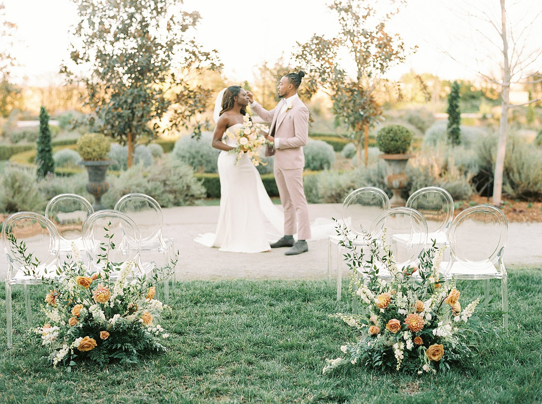 Park Winters Sacramento Wedding Inspiration with Sparkle and Dust Events  - Pantone Color of the Year Featured on Style Me Pretty_0053.jpg